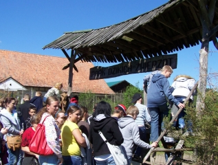 Specjalny Ośrodek Wychowawczy - Park Dzikich Zwierząt w Kadzidłowie