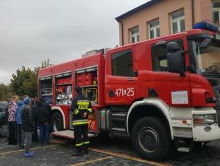 Specjalny Ośrodek Wychowawczy - Próbna ewakuacja - spotkanie ze strażakami